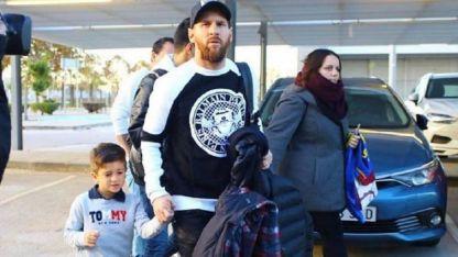 Messi, al salir rumbo al Bernabéu.