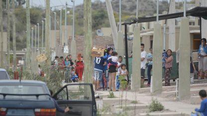 Barrio La Gloria, donde una joven terminó apuñalada y por estas horas internada en el Central.