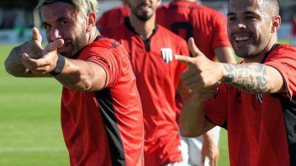 Patricio Cucchi y Lucas Baldunciel, los goleadores del Lobo ante Rafaela.