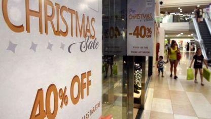Rebajas. Abundan las bonificaciones de entre 10% y 50% en las tiendas de Mendoza.