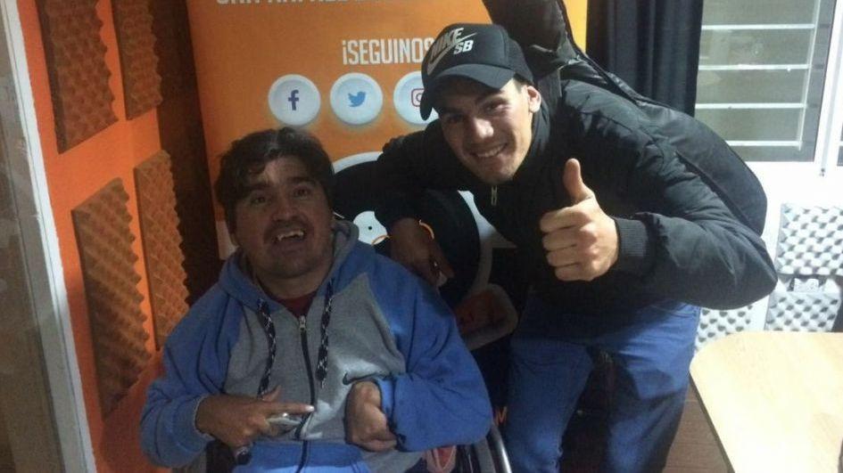 El ganador de La Voz donará su premio para la silla de ruedas del hermano de Mario Vilurón