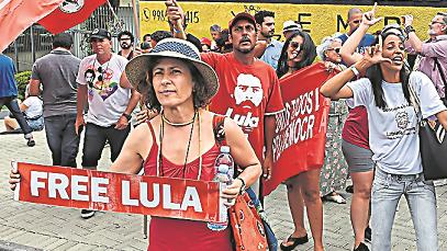 Preso. Lula está detenido en Curitiba desde el 7 de abril. Cumple una pena de 12 años por corrupción pasiva y lavado de dinero.