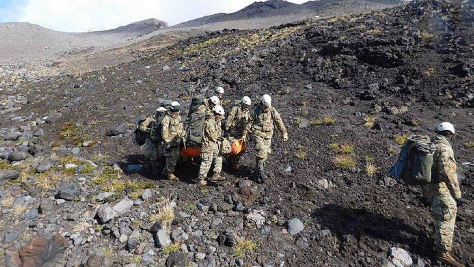 Rescataron a una pareja brasileña que sufrió un accidente en un cerro de Tupungato