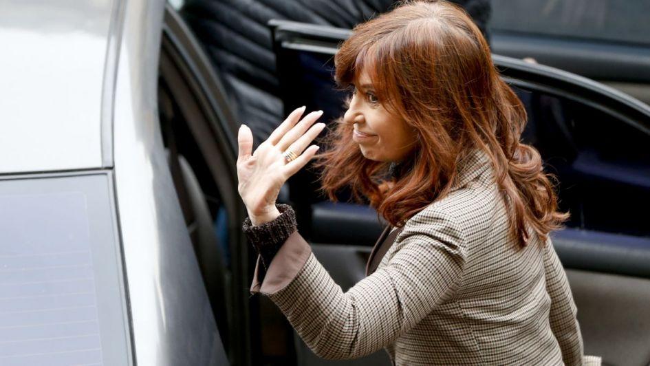 Confirman proceso con prisión preventiva a Cristina Fernández por corrupción