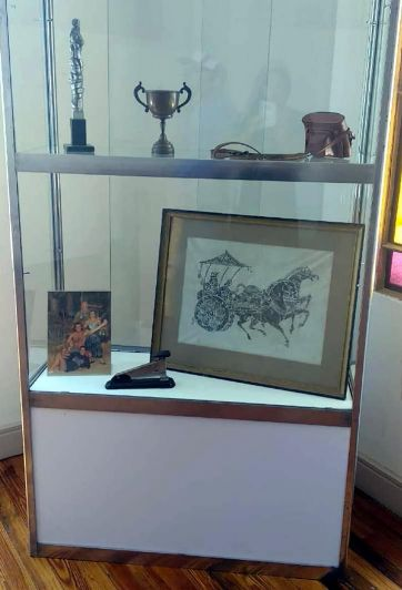 Muestra homenaje a Ángel Bustelo: memoria encendida