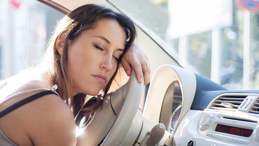 La fatiga afecta seriamente al conductor, especialmente de noche