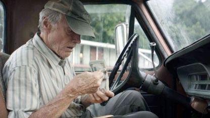 La mula. Eastwood compuso el papel en base a una historia real y, para modelar la caracterización, recordó su abuelo.