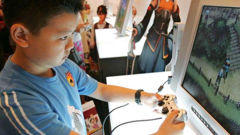 China levanta restricción a 80 videojuegos