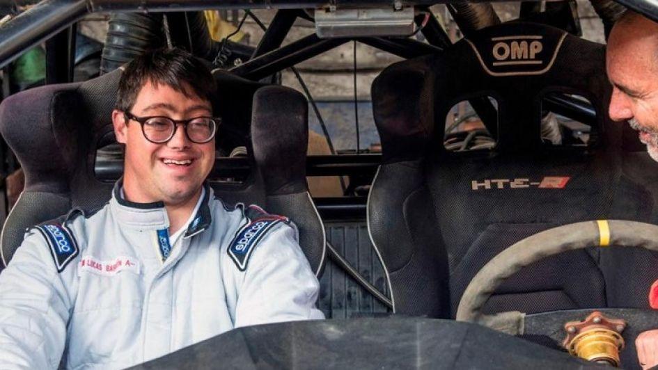 Lucas, el primer competidor con síndrome de down en el Dakar