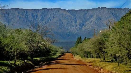 Traslasierra: Las Calles, al pie de las Sierras Grandes