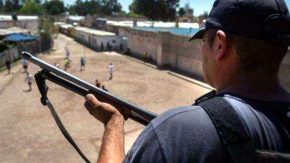 En prisión. De 129 presos extranjeros, la mayoría se reparte en bolivianos (57) y chilenos (41).