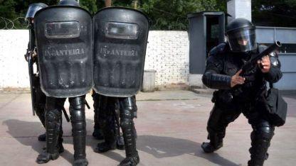 Equipados. El Gobierno subrayó la mejor preparación policial.