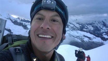 El guía de montaña Rubén Darío Alva, fue encontrado con vida pero falleció en el hospital.
