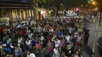 Numerosa. Los manifestantes por avenida San Martín.