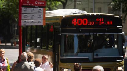 El nuevo sistema involucra a unos 200.000 usuarios diarios del sistema de transporte público.