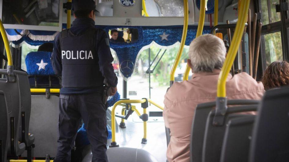 Mendotran: fuertes críticas de la oposición a la custodia policial en colectivos
