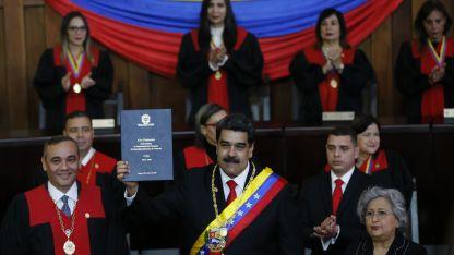 Maduro juró  por cinco años más al frente del Ejecutivo en Venezuela