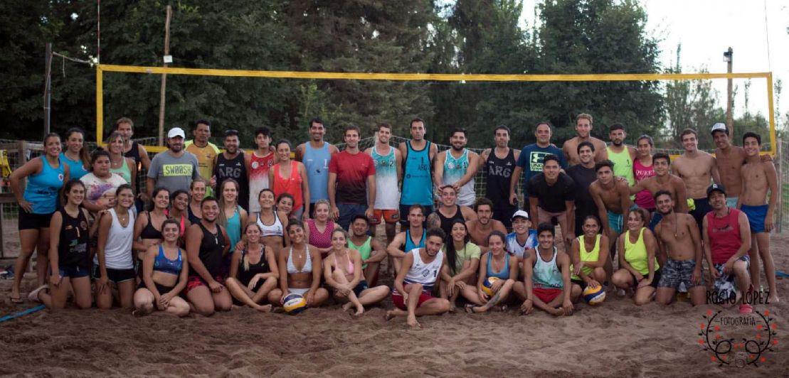 Gran convocatoria en la tercera fecha de Circuito Mendocino de beach volley
