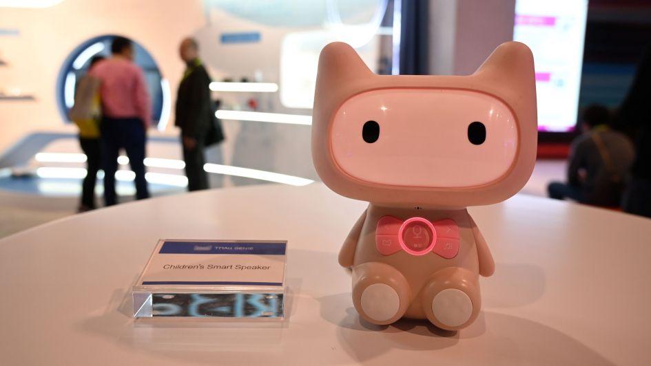 TV enrollable, robots y expansión de la Inteligencia Artificial, le mejor del CES 2019