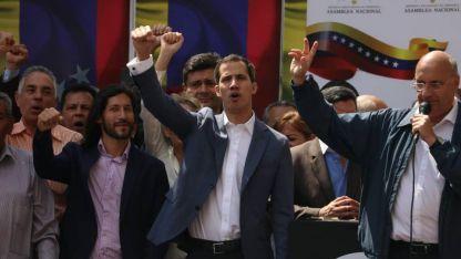 Juan Guaidó disparó contra Maduro: