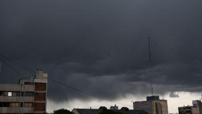 Para mañana se esperan tormentas aisladas.