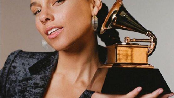 Alicia Keys será anfitriona de los Grammy Excélsior
