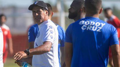 Aunque no confirmó todavía a los once que recibirán a Lanús, Gómez ya los tiene en mente.