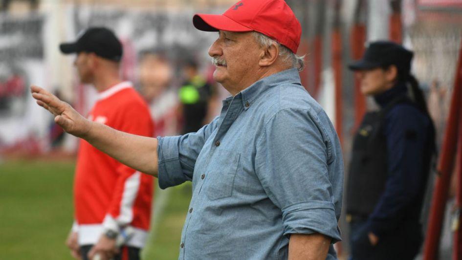 """Carlos Sperdutti: """"Vamos con tres puntos de ventaja"""""""