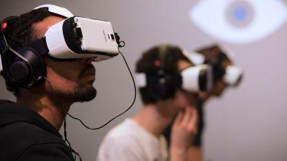 De acuerdo con especialistas, la realidad virtual también colaboraría para reducir la dependencia de opioides.