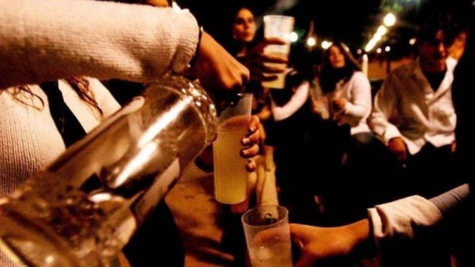 ¿Tiene algún beneficio beber alcohol?