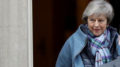 May pidió a los diputados enviar un mensaje a la UE.