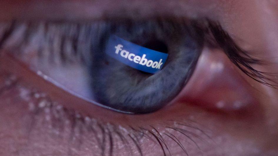 Facebook pagó 20 dólares al mes a adolescentes para que los dejaran invadir su privacidad