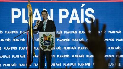 En Caracas, Guaidó detalló su programa para salir de la grave crisis económica y social.
