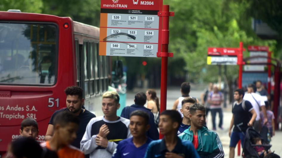 Más de cien cambios en el Mendotran a un mes de su arranque