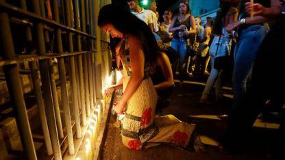 Consternación. Sentido homenaje a los fallecidos y desaparecidos.