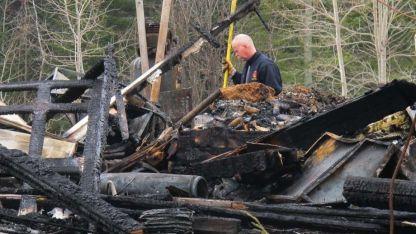 Arrasador. El fuego prácticamente no dejó nada en la propiedad.