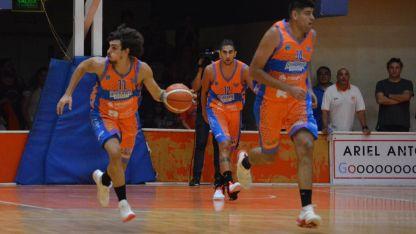 Andrés Llaver comanda el ataque naranja.