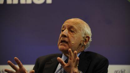 Roberto Lavagna condicionó su posible candidatura.