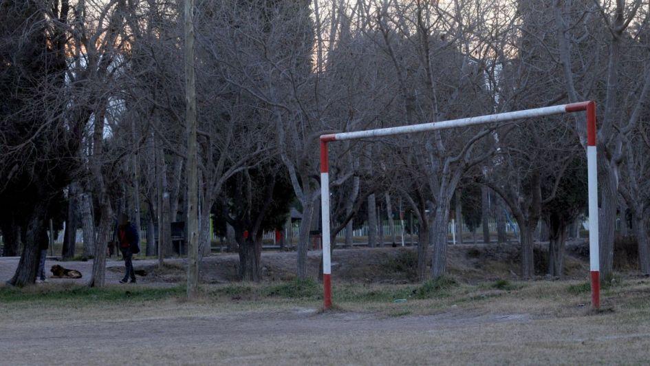Partido de fútbol barrial en Tunuyán terminó en batalla campal: un hombre está grave