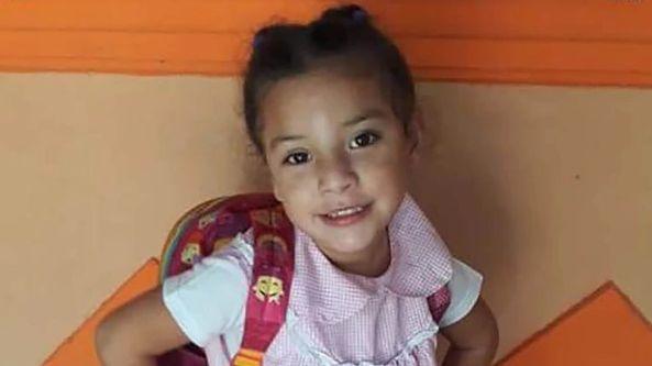 Llevaron a su hija al hospital 3 veces y les dijeron que no era grave: la cuarta vez murió