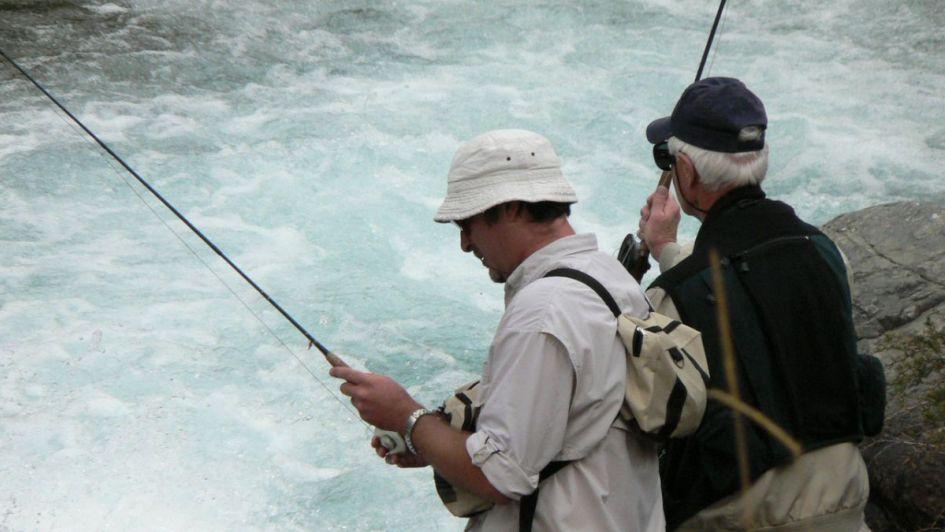 Apareció un alga exótica en ríos de Tunuyán y suspendieron la pesca por 90 días