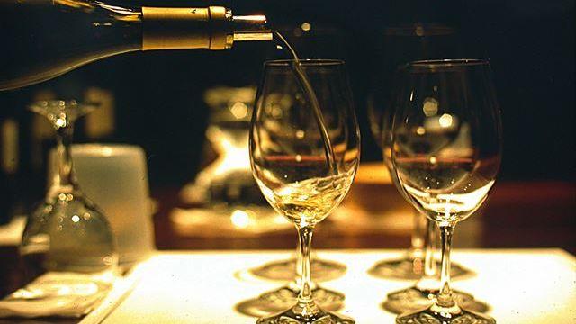 Tips para disfrutar el vino blanco sin prejuicios
