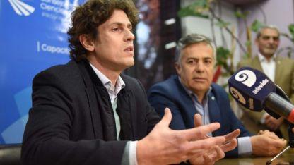 Candidaturas. El gobernador mendocino y presidente de la UCR junto al diputado Martín Lousteau