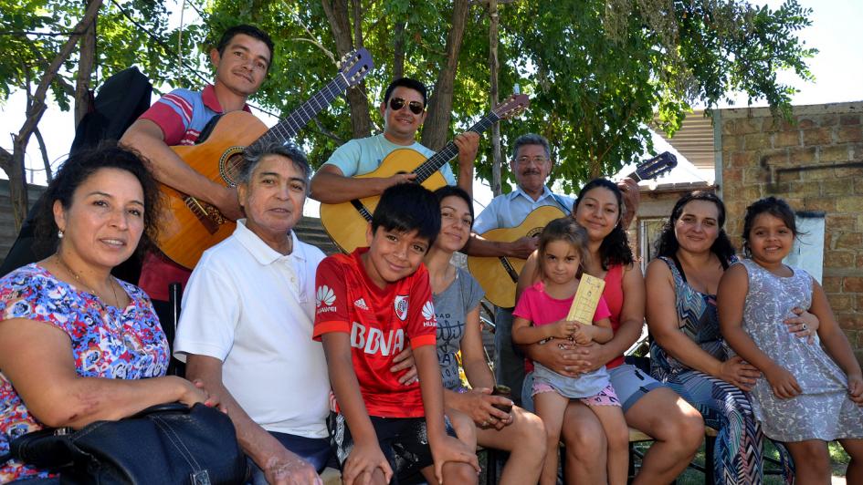 Los Pérez: una familia paceña ligada al folclore por cuatro generaciones