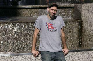 El autor. Es periodista. Trabaja en TyC Sports y escribe en El País de Madrid, entre otros medios.
