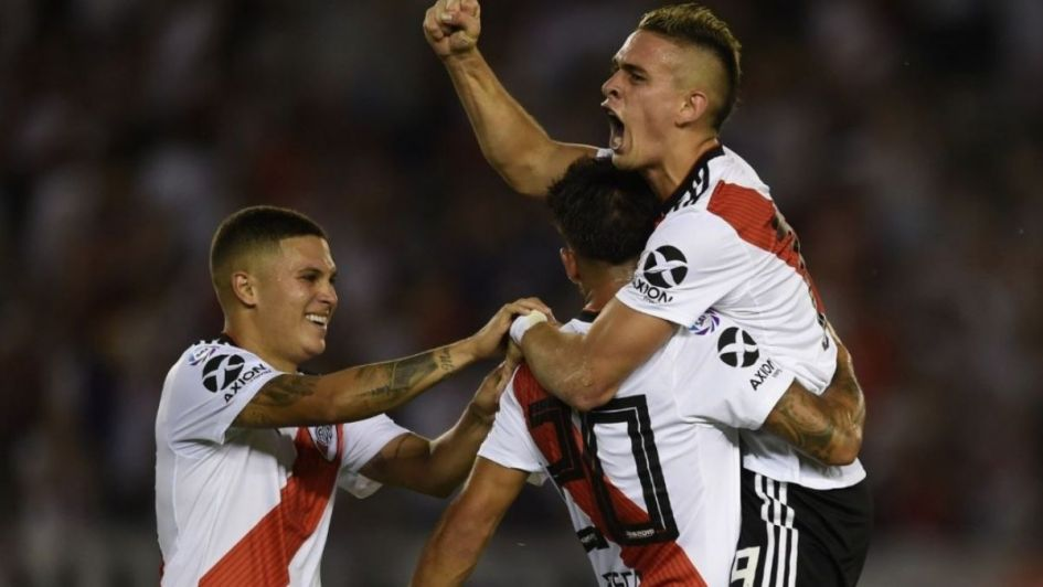 Formaciones, horario y dónde ver en TV — Banfield vs River