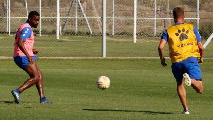 """Carta de gol. El """"Morro"""" García infunde respeto en todos lados."""