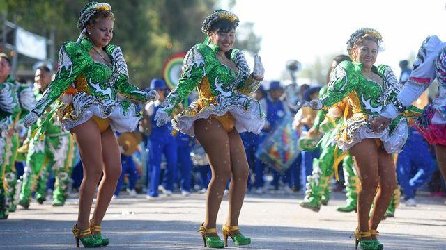Al carnaval de la mano del dios Baco
