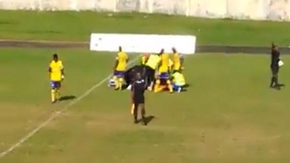 Muere jugador gabonés en pleno partido