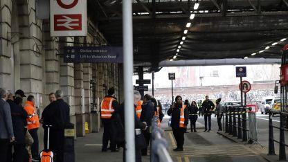 Los servicios de tren al Aeropuerto de la Ciudad fueron suspendidos por poco tiempo